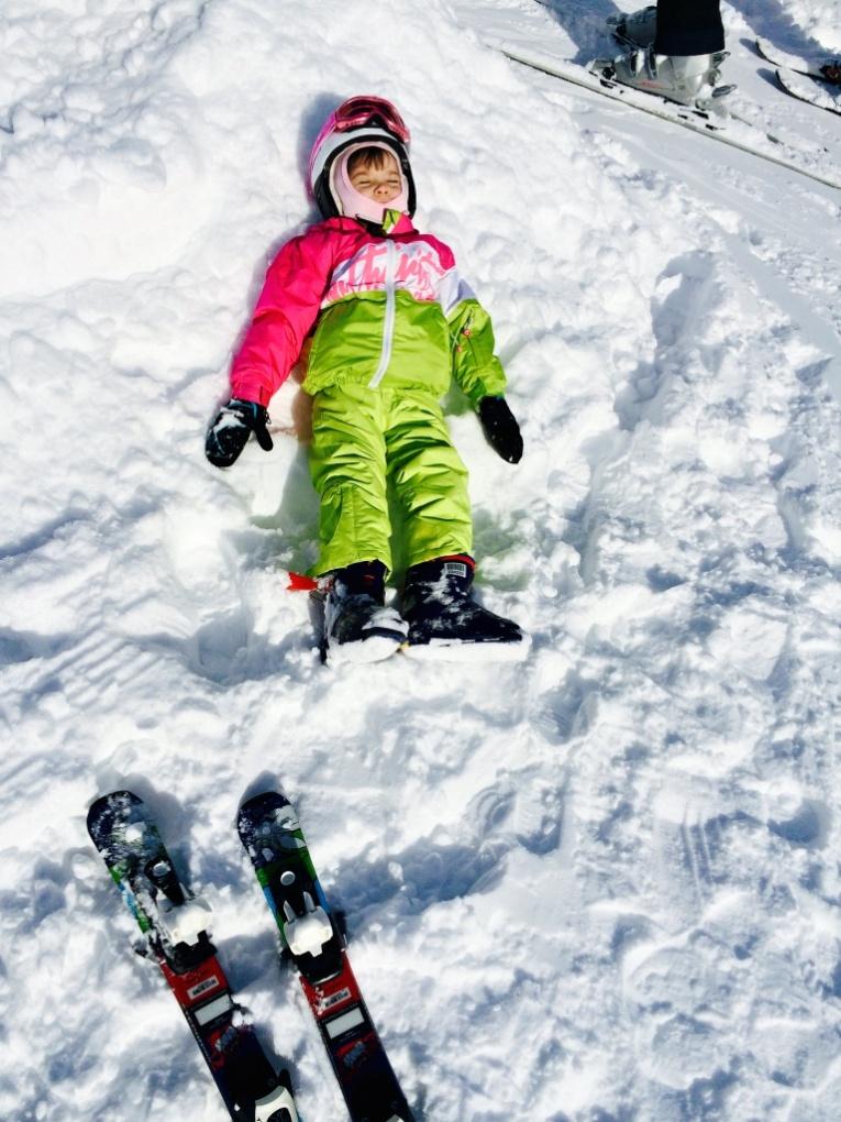 zaciname-lyzovat-s-detmi-Vysoké-Tatry-Slovensko